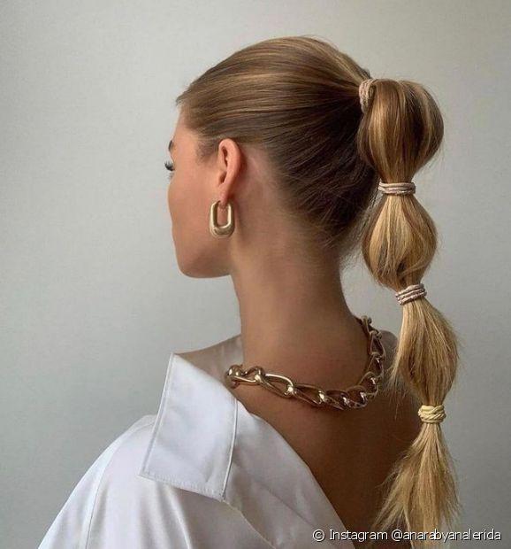 Use sempre um finalizador para evitar e tirar o frizz no penteado para cabelo liso (Foto: Instagram @anarabyanalerida)