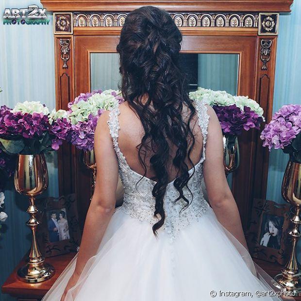 Muitas noivas optam pelos cabelos soltos