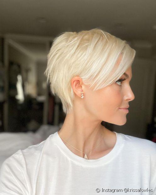 É importante cuidar das pontas do cabelo curto (Instagram @krissafowles)