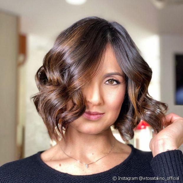 O cabelo curto conquista pela sua praticidade (Instagram @vitosatalino_official)