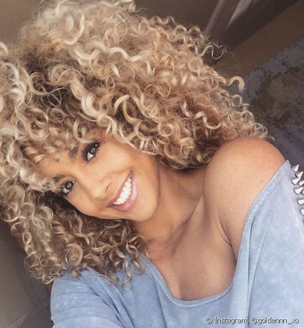 Ombré hair, californianas, reflexos, luzes... Não importa qual a técnica de mechas que você escolheu para ficar loira, o shampoo e a máscara Louro Absoluto também funcionam nesses casos