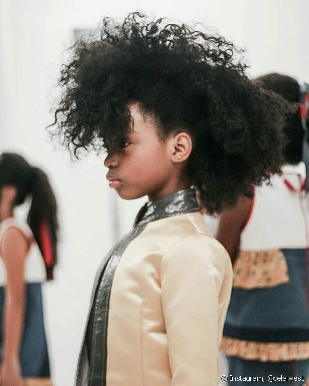 Há também os penteados mais diferentes, mas muito fashions
