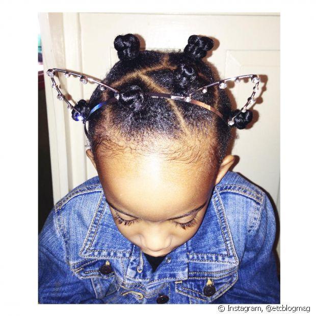 Utilize sempre produtos próprios para cabelos infantis e cacheados