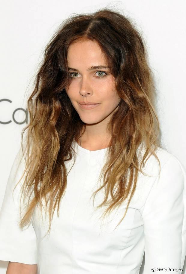 Em 2010, a top Isabel Lucas também entrou na tendência das mechas californianas