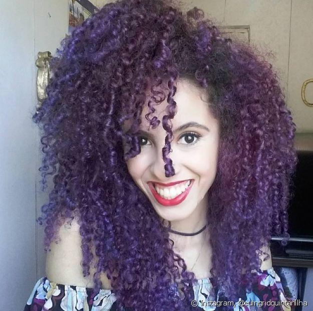 Ingrid já sofreu críticas ao pintar os cabelos de cores diferentes