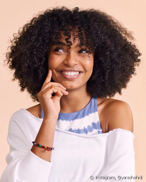 Para escolher o óleo certo para o seu cabelo, você precisa avaliar o seu tipo de fio e suas necessidades