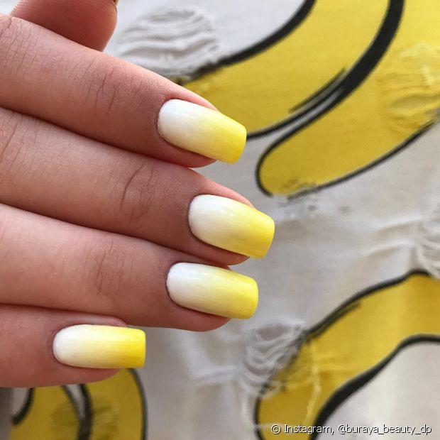 Criar novas nail arts é sempre muito divertido! Aproveite para extravasar sua torcida pelo Brasil também nas unhas
