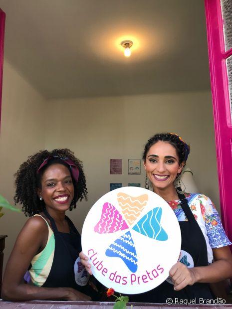 Renata e Andressa comandam o Clube das Pretas, que é uma consultoria voltada para atender cabelos com curvatura