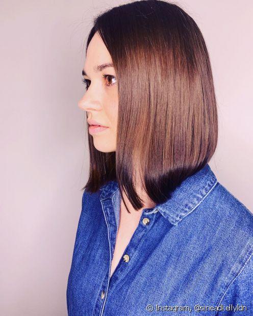 O glossy hair é uma tendência que valoriza o brilho nos cabelos e preza por um acabamento mais polido (Foto: Instagram @sineadkellyldn)