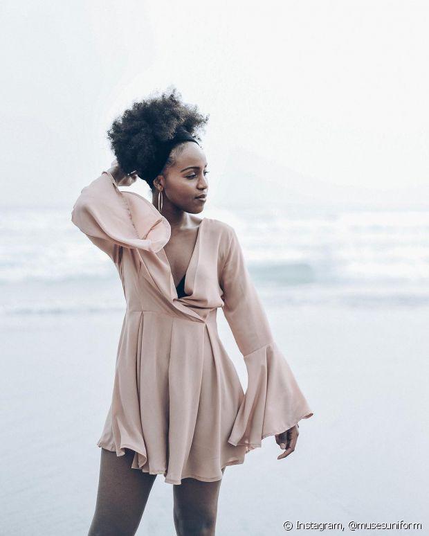 Você pode deixar seus penteados mais estilosos com ajuda de lenços