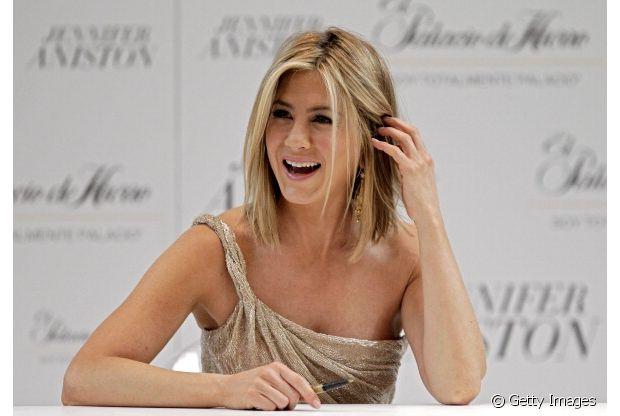Jennifer Aniston sempre mantém suas famosas mechas