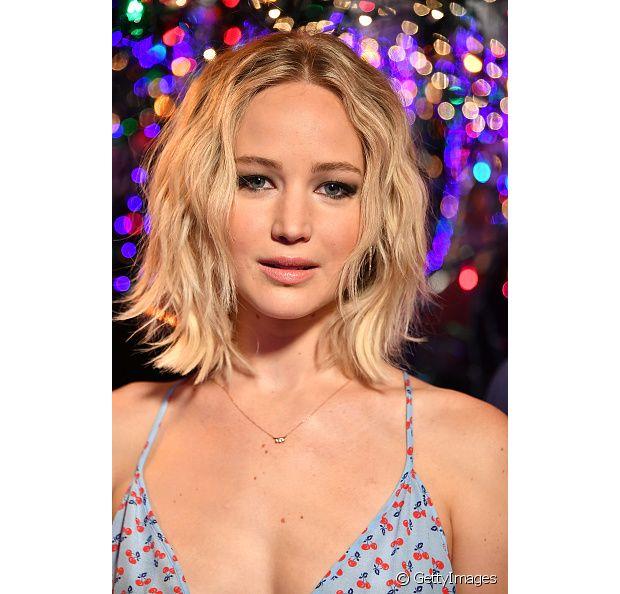 A loirissima Jennifer Lawrence está arrasando com suas mechas