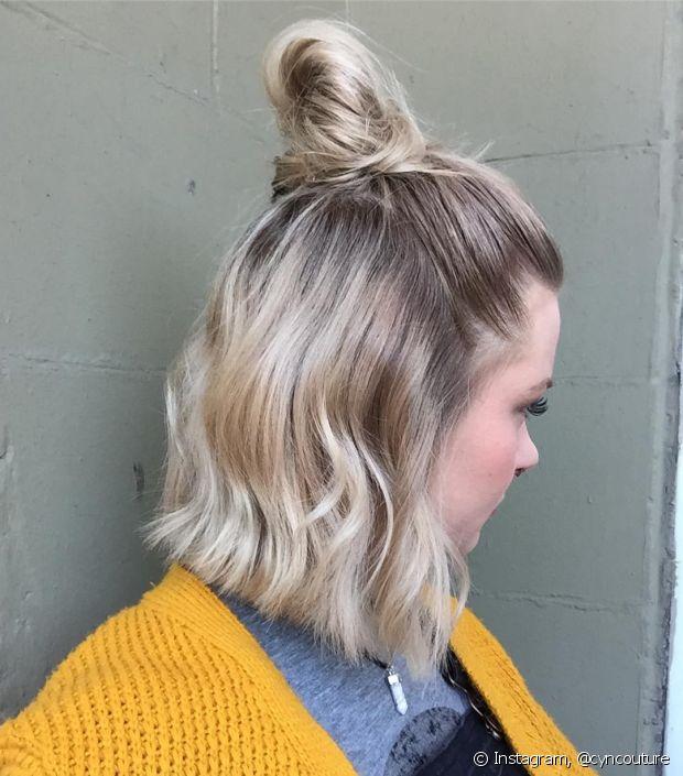 O half bun fica lindo em todos os tipos de cabelos