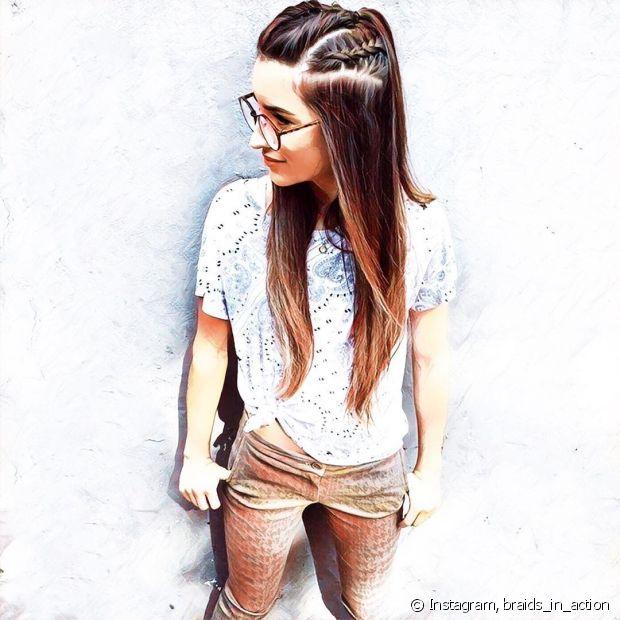 As tranças ficam ainda mais estilosas com os óculos de grau. Aposte nas versões embutidas para um look mais moderno