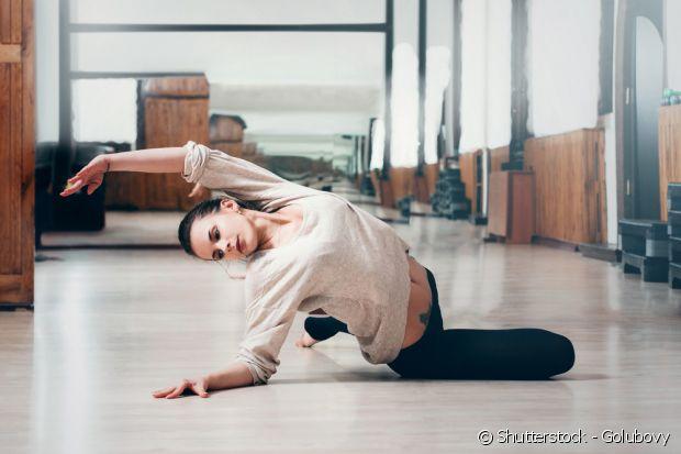 O Ballet Fitness desenvolve a musculatura e o equilíbrio usando apenas o peso do seu próprio corpo