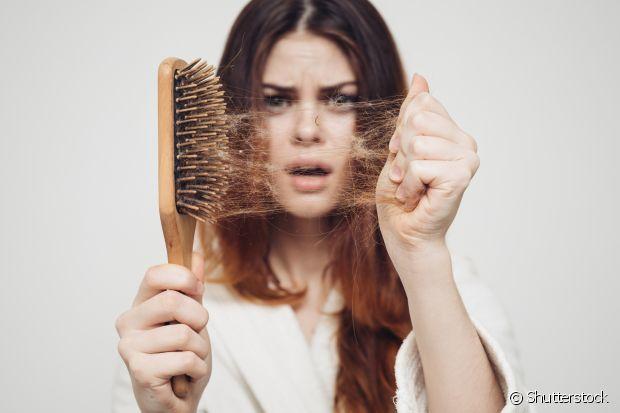 Quem possui o cabelo oleoso acaba sofrendo mais com o problema de queda