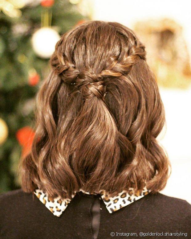 Que tal completar o penteado semipreso com um trançado charmoso?