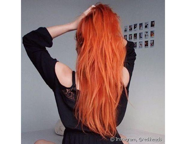 Proteja os cabelos ruivos do sol