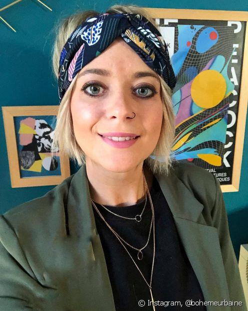 Lenços e turbantes também são boas alternativas para o bad hair day de quem está deixando o corte pixie crescer