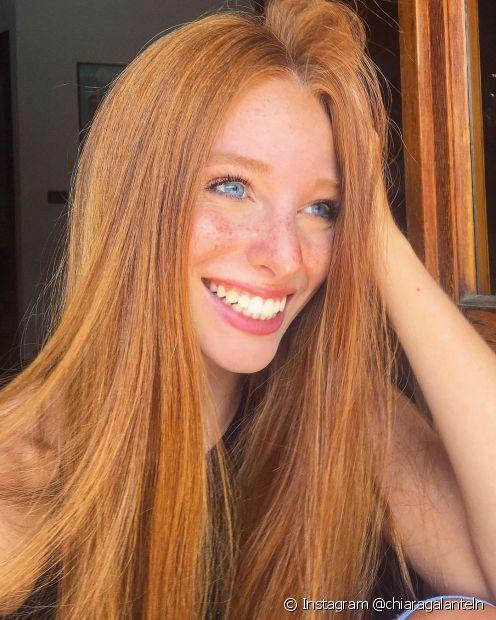 O cabelo pode ficar ressecado por coloração, uso de chapinha, secador e difusor. Saiba como escolher a máscara de hidratação certa (Foto: Instagram @chiaragalanteln)