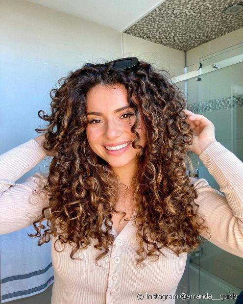 O creme com bomba de vitaminas está fazendo sucesso e é perfeita para fortalecer os cabelos (Foto: Instagram @amanda__guido)