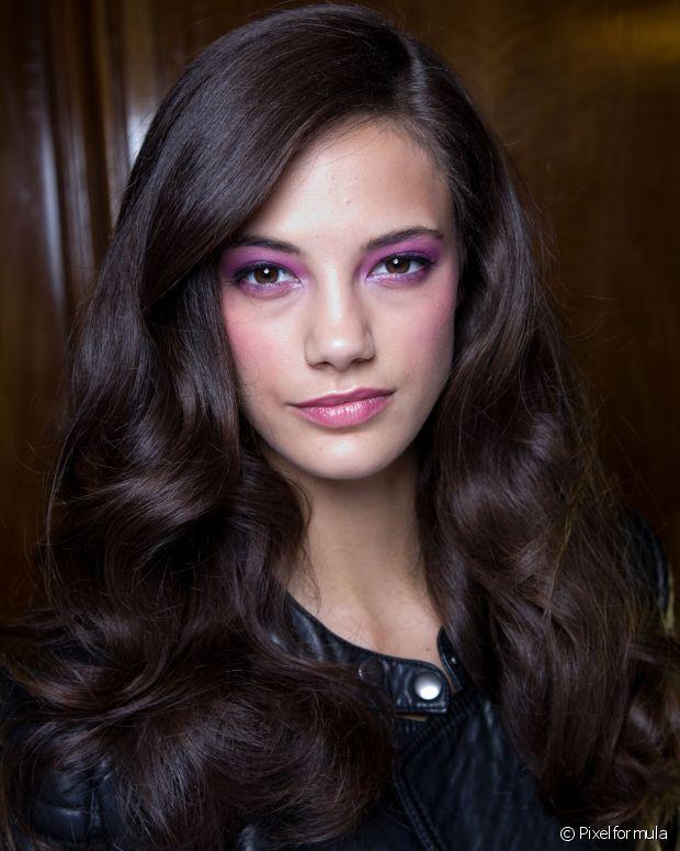 Você já deve saber que a reconstrução capilar com queratina líquida é uma das melhores opções para salvar os cabelos danificados por relaxamentos, alisamentos e colorações
