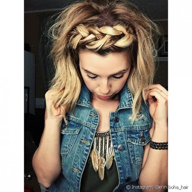 A tiara de tranças é uma das opções mais perfeitas para deixar o look mais elaborado - @erin.boha_hair