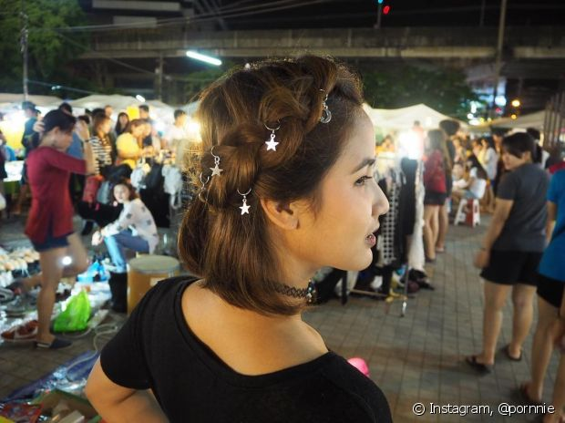 Anéis de cabelo (hair ringas) com pingentes são muito fofos! - @pornnie