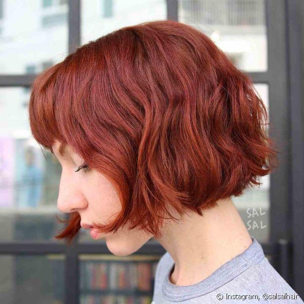 O corte bob fica incrível em cabelos ruivos curtos (Foto: Instagram @salsalhair)