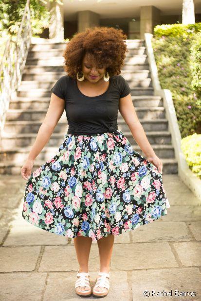 'Gosto muito de vestidos e de saias com estampas florais, e as blusas brancas e pretas são as minhas preferidas para combinar', conta Ellen