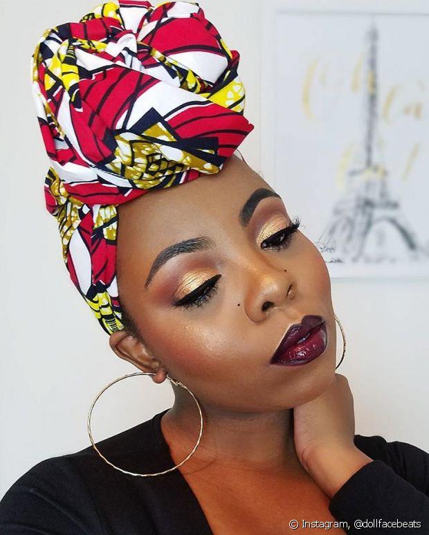 O turbante, símbolo da cultura negra, é muito funcional quando o assunto é dar uma repaginada no look