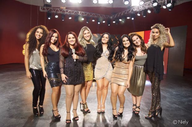 Cacau, Bianca Andrade (Boca Rosa), Camilla Santana, Bianca Anchieta, Lorena Improta e Jéssica Dantas também mudaram o visual com Mega Colors
