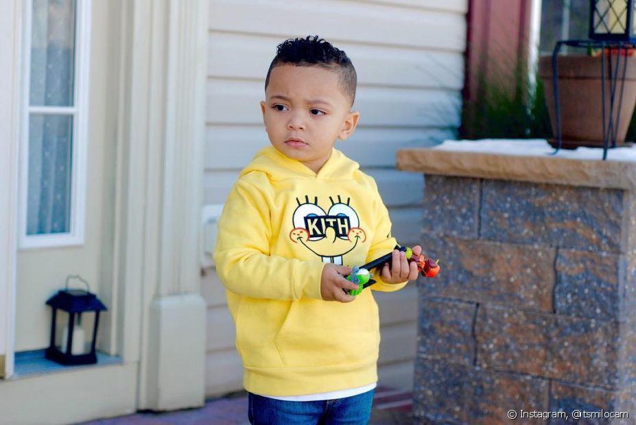 Existem muitas opções de corte para os meninos, entre elas, o corte em degradê