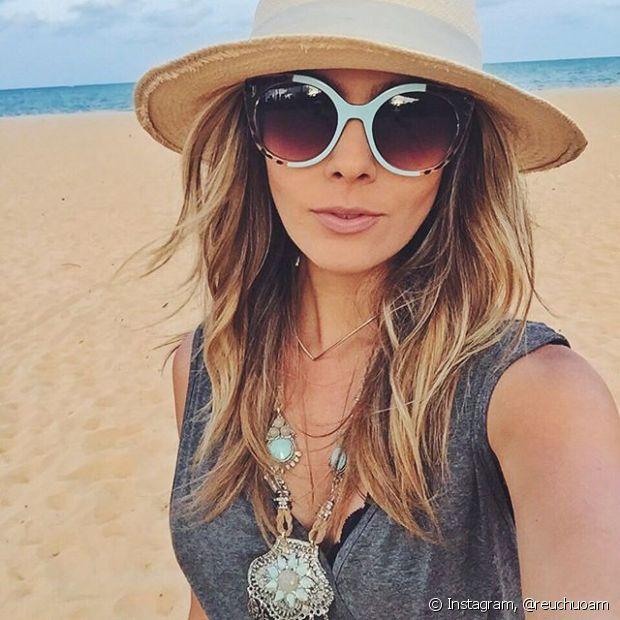 Depois de curtir a praia, trate os cabelos com a linha Nutrição Poderosa para evitar o ressecamento e o aspecto opaco