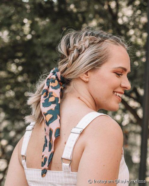 Qualquer tipo de trança que você fizer no cabelo pode ganhar um lenço! (Foto: Instagram @kayleymelissa)