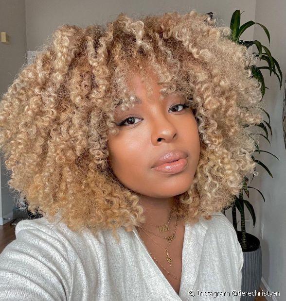 Saiba como pintar o cabelo em casa e ter um resultado perfeito! (Foto: Instagram @tierechristyan)