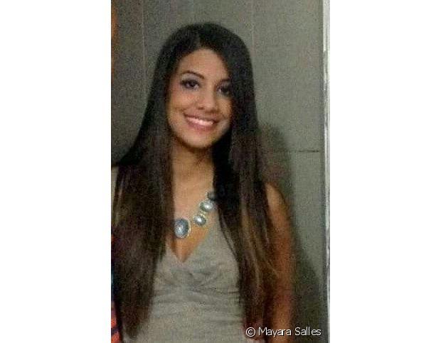 Mayara Salles começou a alisar os cabelos quando tinha 15 anos