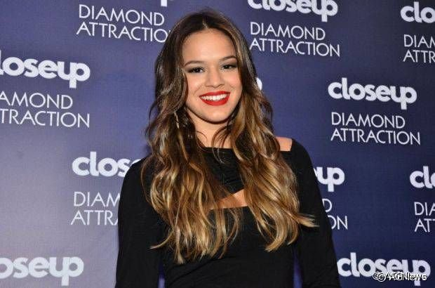 Bruna Marquezine também arrasou no visual com ombré hair