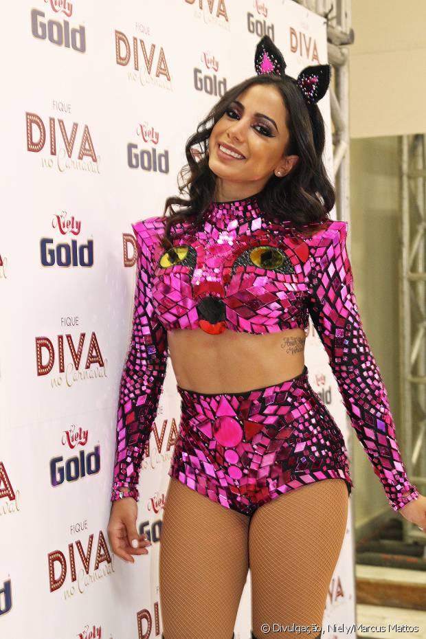 Anitta fez seu último show na casa de festas Monte Líbano antes de sair com o Bloco das Poderosas pelas ruas do Rio de Janeiro e fechar o Carnaval carioca