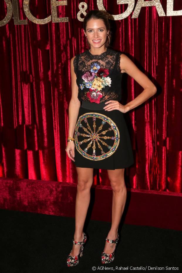 Helena Bordon marca presenta na festa DG Loves Brazil