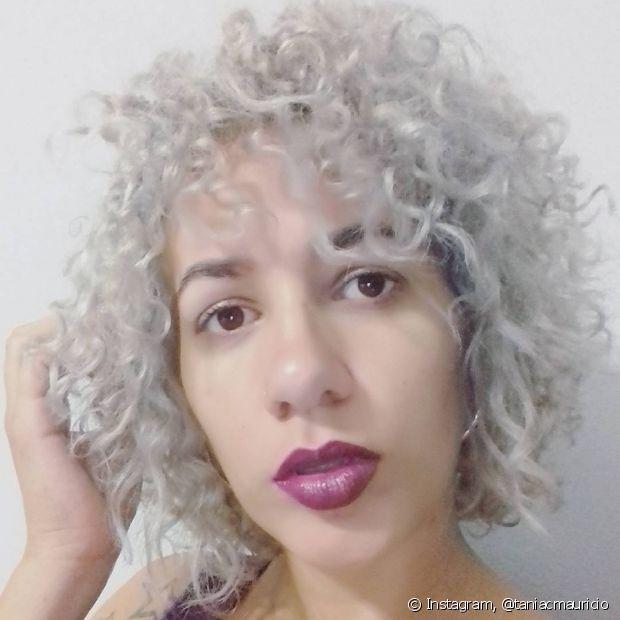 A @taniacmauricio escolheu um cinza bem claro, quase branco