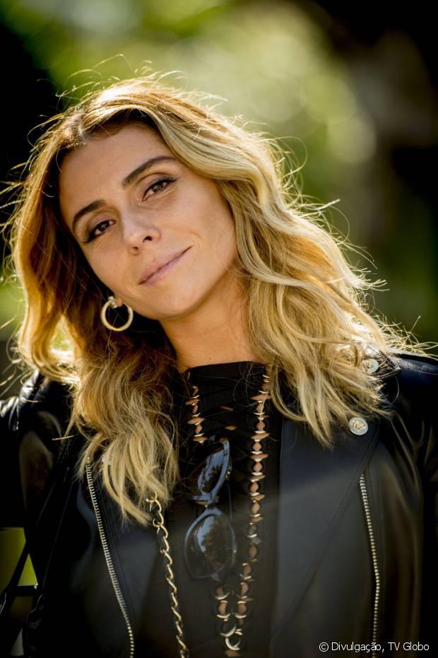 O visual de cabelos ondulados naturalmente da personagem de Giovanna Antonelli é um dos mais pedidos da TV Globo