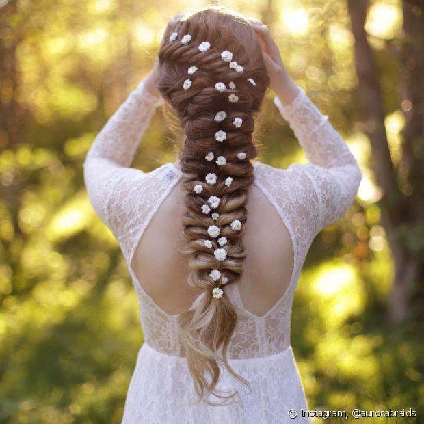 Quando chega o grande dia, a ansiedade é muita e tudo tem que estar perfeito, principalmente seu penteado