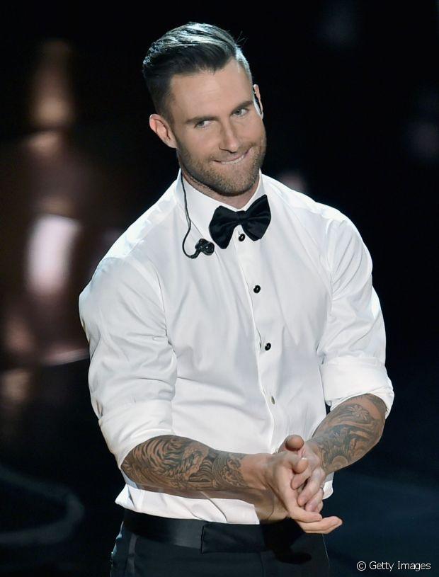 O cantor Adam Levine foi um dos  responsáveis por popularizar o corte undercut