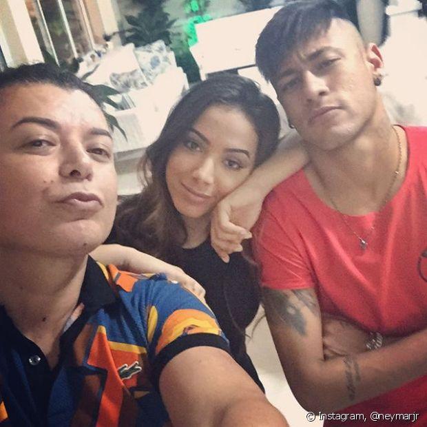 O jogador Neymar já apostou no undercut com as laterais totalmente raspadas