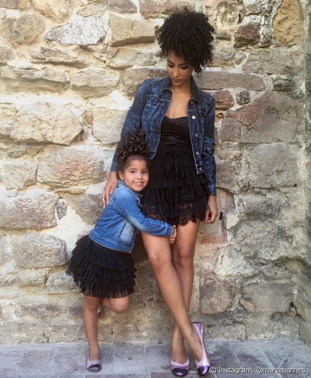"""Não limite a sua filha com discursos preconceituosos do tipo """"menina não faz isso"""", """"menina se comporta assim"""""""