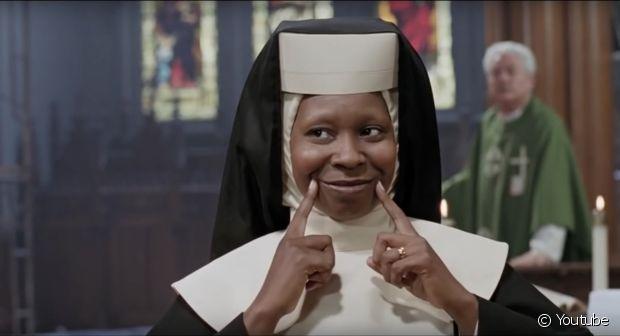 No clássico 'Mudança de Hábito', Whoopi Goldberg é uma cantora que foi para o convento quebrar tudo!