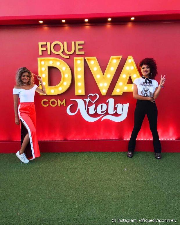 Que duplinha hein! Bruna Ramos e Nana Freitas foram presença confirmada na primeira noite do segundo fim de semana