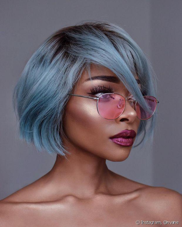 Já pensou que a peruca pode ser a solução para quem adora mudar de visual?