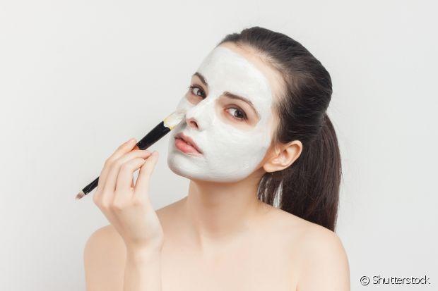 A máscara de água de coco vai deixar a sua pele hidratada e macia